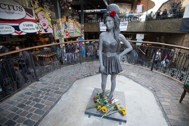 amy winehouse Amy Winehouse statue unveiled in Camden, London Amy Winehouse statue unveiled in Camden, London bqzo9ebmpeelotefauj1