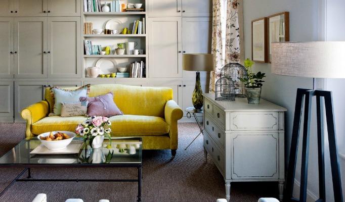Best UK Interior Designers Best UK Interior Designers – Goodchild Interiors Kent Sofa image from Homes and Gardens 1100x793