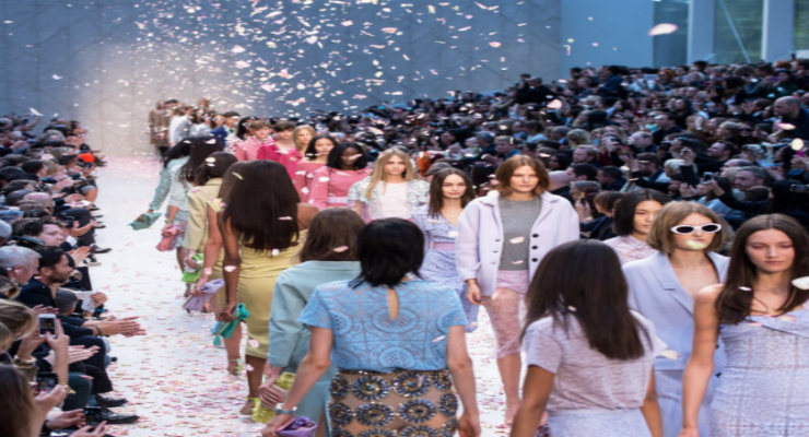 london fashion week All You Need to Know about London Fashion Week canva photo editor 49 740x400