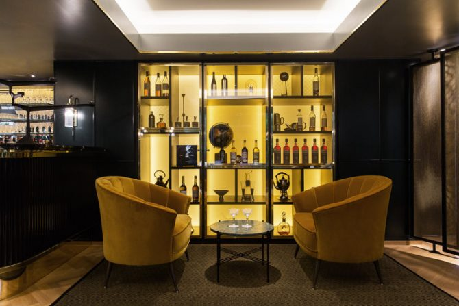 The Athenaeum Hotel by Kinnersley Kent Design London the athenaeum hotel The Athenaeum Hotel by Kinnersley Kent Design London The Athenaeum Hotel by Kinnersley Kent Design London interior design brabbu armchair 670x447